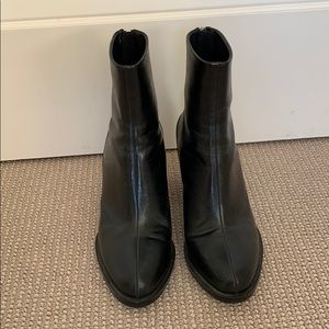 ZARA black ankle boots. Worn once!
